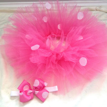 Minnie Mouse pink polka dot tutu and matching bow- Pink polka dot tutu and hair bow