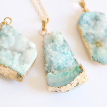 Sky blue raw crystal necklace,raw stone jewelry,gemstone necklace,layered necklace,OOAK, raw quartz necklace, gemstone necklace agate druzy