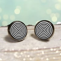 Illusion Art Earrings : Gunmetal Post