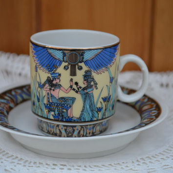 Vintage coffee can/demitasse and saucer bone china Art Deco coffee cup/