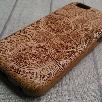 Wood iPhone case, Mandala pattern, iphone6,iphone 6plus, iphone5,iphone4,iphone 5c case, wood case,wooden iphone case,gift