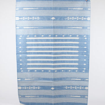 Area Rug in Soft Blue 4x6
