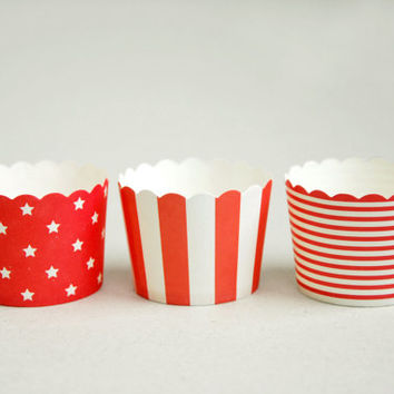 Red & White Stripes Baking Cups with Scalloped Tops (set of 12) - Perfect for Circus Theme Party