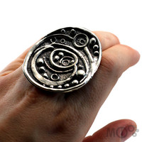 Very Large Ring Fusion Texture in Sterling Silver 925 by MCDecarie