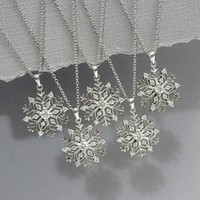 Snowflake Bridesmaid Necklace, Sterling Silver Snowflake Necklace, Sterling Silver Snowflake Winter Wedding Necklace, Maid of Honor Necklace