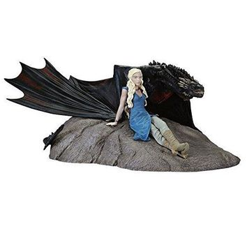 Dark Horse Deluxe Game of Thrones: Daenerys and Drogon