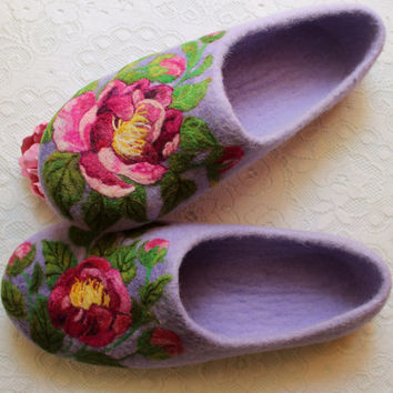 Felted House Shoes, Indoor Slippers, 100% Wool, Needle Felted, Flower