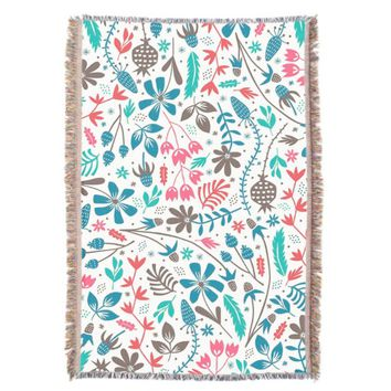 Retro Floral Pattern Throw Blanket