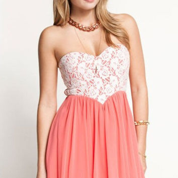 Sweetheart Lace Strapless Dress