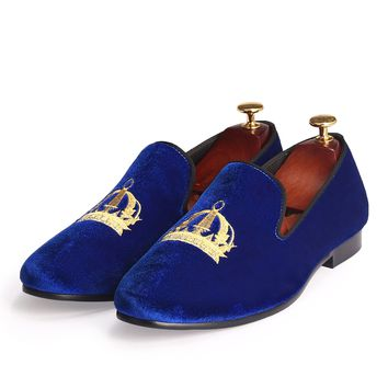 Wedding Mens Shoes Slip On Round Toe Men Embroidery Shoes Velvet Loafers