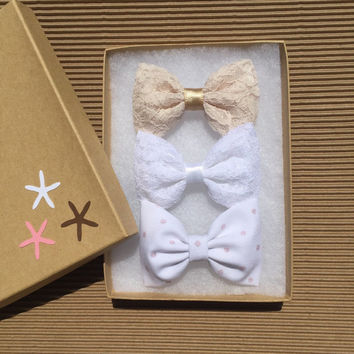 Cream lace, white lace, and white with pink dot hair bows Seaside Sparrow.  Hair bows for teens bow hair bow girl Seaside Sparrow bows girl