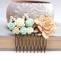 Big Rose Hair Comb Floral Hair Accessories Cream Pearls Bridal Hair Comb Mint Green Flower Wedding Hair Piece Bridesmaids Gift Maid of Honor