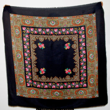 Huge Black Russian Shawl / Pavlovo Posad shawl / Ukrainian Shawl/ Folk Scarf Babushka Roses Traditional Slavic floral ornaments Polish shawl