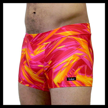 Men's Hot Yoga Shorts in Shattered Pink Swim Trunks Exercise Fitness Pants Size Small