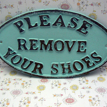 Please Remove Your Shoes Oval Cast Iron Sign Cottage Beach Blue Wall Entryway Door Decor Plaque Shabby Chic Style Request Take off Shoe