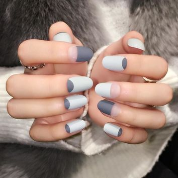 Matte Frosted Clear Gray Black Fake Nails Small Round Head False Nail Faux Ongles Nails Art Tips Free Sticker Z357