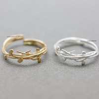 Adjustable Branch Twig with thin leaves Ring / Leaf and Vine Ring / Crown of thorns ring - available color in 2 colors (Gold / Silver)