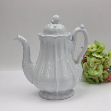 English Ironstone Teapot / White / Jacob Furnival / 1800s