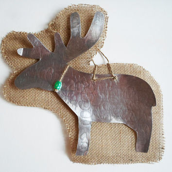 Large reindeer aluminium and burlap Christmas decoration -FREE gift wrapping until 31 November 2013