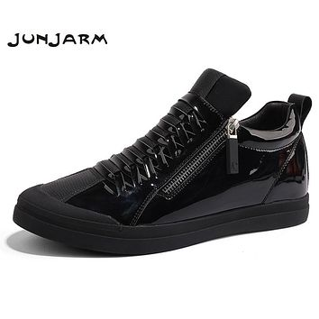 JUNJARM New Summer Men Boots Fashion Men Ankle Shoes Zipper Black Casual Men Shoes High Quality Brand Men Footwear