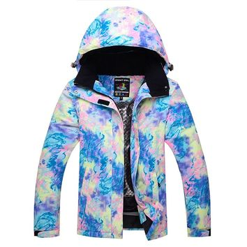 2018 New Skiing Jackets Winter Sports Coats Women Outdoor Colorful Snowboarding Female Snowboarding Waterproof Windproof Clothes