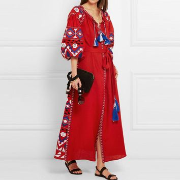 2018 New Bohemian Cotton And Linen Dresses Embroidered Maxi Boho Dress Tassel V Neck Loose Ethnic Style Vintage Embroidery Dress