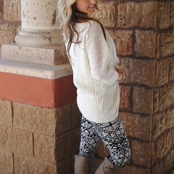AZTEC BLACK & WHITE DECO LEGGINGS - ONE