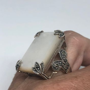 Vintage Mother of Pearl 925 Sterling Silver Marcasite Ring
