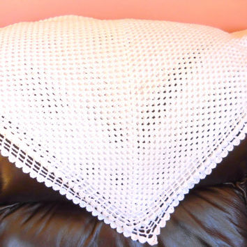 White Hand Crocheted Baby Gift, Receiving Blanket, Crochet Shawl, Suitable for baby boy or girl