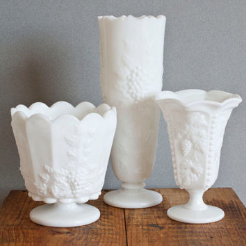 Instant Collection- Westmoreland Paneled Grape Vases, Milk Glass Bud Vases, Footed Flower Vase Set for Weddings, Baby Showers