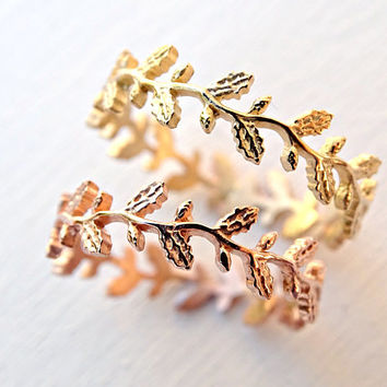 gold Oak leaf ring, leaf eternity ring gold, pagan wedding ring, filigree ring rose gold lace ring Oak wreath ring, gold floral ring