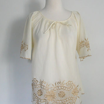 Vintage Peasant Blouse / 70s Shirt / cotton shirt / embroidered / cream top / tunic / med lg