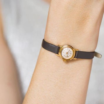 Luxury women's watch vintage. Very small wristwatch gold plated Ray. Micro watch for lady. Smallest ever watch. New premium leather strap