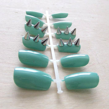 Turquoise with Gold Spiked Accent Nail Art Set