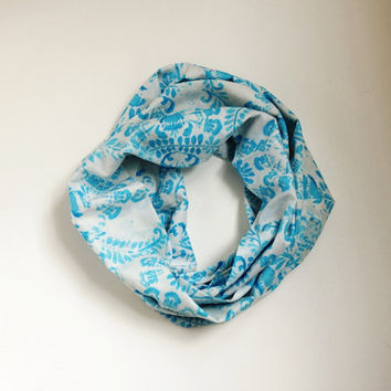 NEW PRINT Infinity Scarf, Loop Scarf...Flower Dancing.....Cotton... Print Scarf.