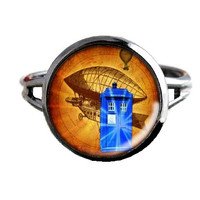 Dr Who Inspired Tardis Ring - Blimp - Public Police Box Jewelry - Geeky Whovian