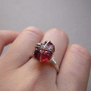 Rough Rhodolite Garnet Sterling Silver Ring, Uncut Raw Gemstone Handmade Wire Jewerly