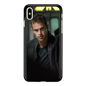 Theo James-Divergent  iPhone X Case