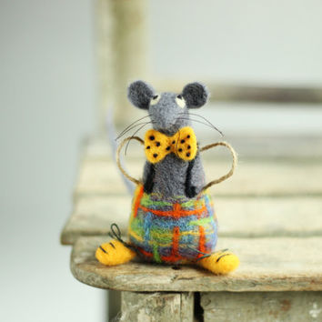A Little Felt Mouse with a Yellow Tie -Needle Felt Art Doll - Mouse Miniature