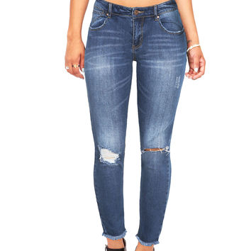 Frayed Escape Ankle Jeans