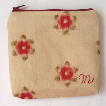 monogrammed gifts for bridesmaid, beige and red silk makeup bag set of 3 4 5 6, beige floral cosmetic bag with Japanese fabric silk kimono