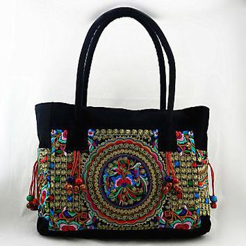 Womens Embroidered casual messenger bag cloth paragraph tassel