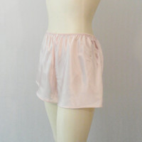 Vintage Tap Pants 80s Pink Liquid Satin Satin Sleep Shorts Lounge Wear Modern Size Small to Medium