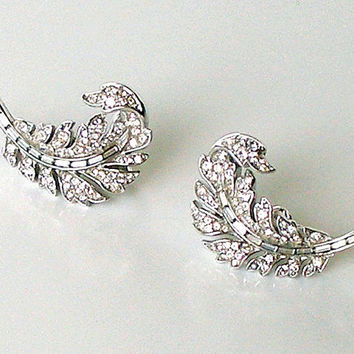 Crown Trifari Vintage Rhinestone Earrings Silver Paisley Signed Clip On 1950s