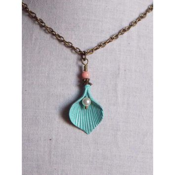 Romantic Mint Coral Calla Lily Flower Necklace