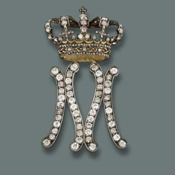 A LADY-IN-WAITING BADGE FOR QUEEN MARIA JOSE OF ITALY, BY MUSY