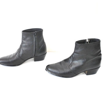 size 8.5 WESTERN ankle boots vintage 70s 80s retro ROCK n ROLL mod black leather pointy toe beatle boots