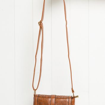 EYELET SHOULDER BAG