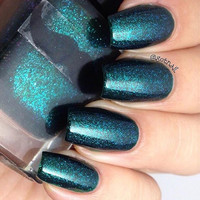 A Cunning Serpent- Green Black creme full of flakies