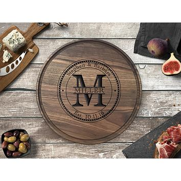 Personalized Engraved Round Cutting Board, Walnut Wood - CB04